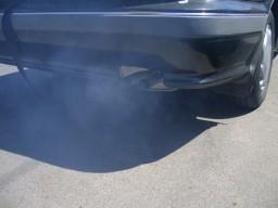 Möglicherweise steigert die Luftverschmutzung durch Abgase das Brustkrebsrisiko.