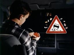 Die regelmäßige Einnahme starker Schmerzmittel schränkt die Fahrtüchtigkeit ...