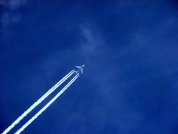 Ein neuer Therapieansatz könnte schon bald dem Jetlag nach Fernflügen den ...