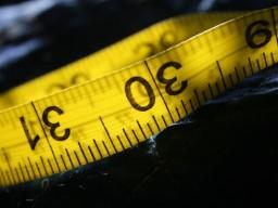 Ein erhöhter Taillenumfang bei Kindern steigert das Risiko für Herzerkrankungen.