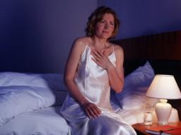 Sodbrennen häufig durch falsche Ernährung, Bewegungsmangel, Übergewicht.