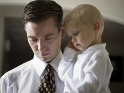 Die überwältigende Mehrheit der deutschen Väter würde gern mehr Zeit mit ihren..