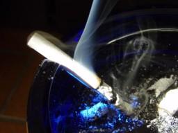 Alkoholkonsum erschwert Raucherentwöhnung